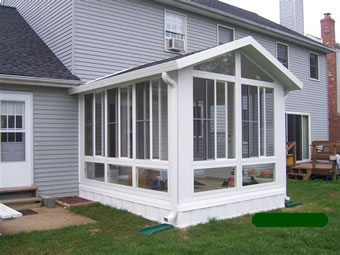 Sunrooms, decks & screen rooms